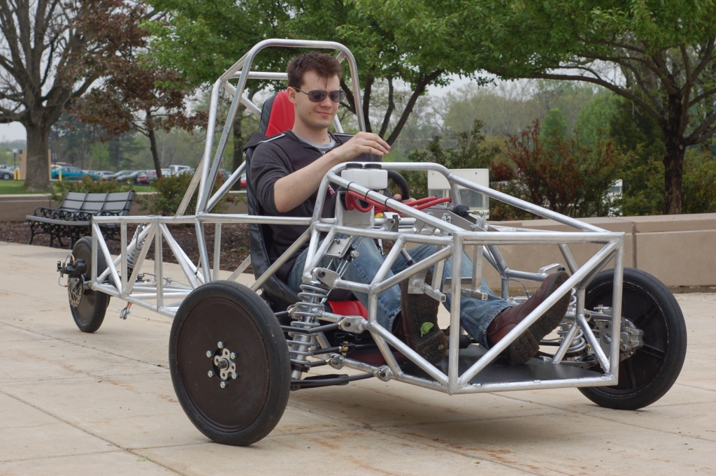 Engineering a 3 Wheel Vehicle Chassis – EngineerDog